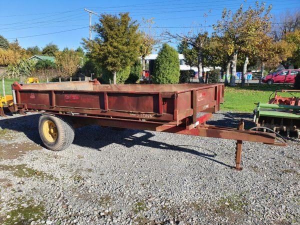tip trailer farm trailer